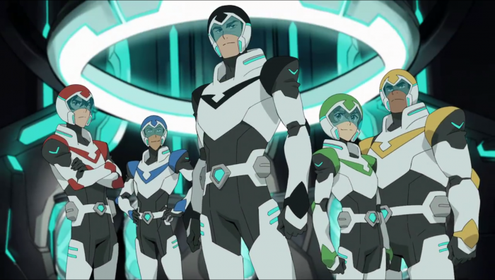 [VIDEO] The Pilots Of Voltron Get New Weapons/Armor