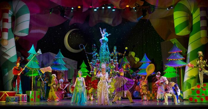 The Cast of CIRQUE DREAMS HOLIDAZE, at the Fox Theatre in St. Louis November 29-30, 2019. Photo Credit: Fabulous Fox Theatre