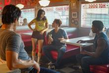 Riverdale 403, Dog Day Afternoon