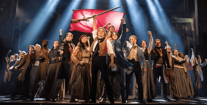 """The company of LES MISÉRABLES performs """"One Day More"""" at the Fox Theatre. Photo by Matthew Murphy"""